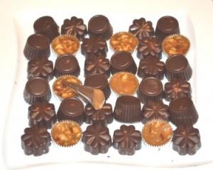 Suklaakonvehteja ja toffeeta!