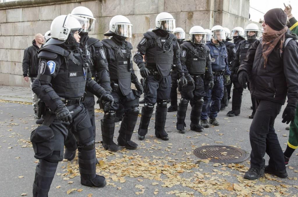 Poliisi tuli huutelijan suojaksi tälläkin kertaa.