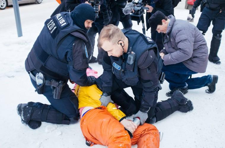 Suomen suurin sisäinen turvallisuusuhka on poliisi – Toimittaja testaa c4b2022933