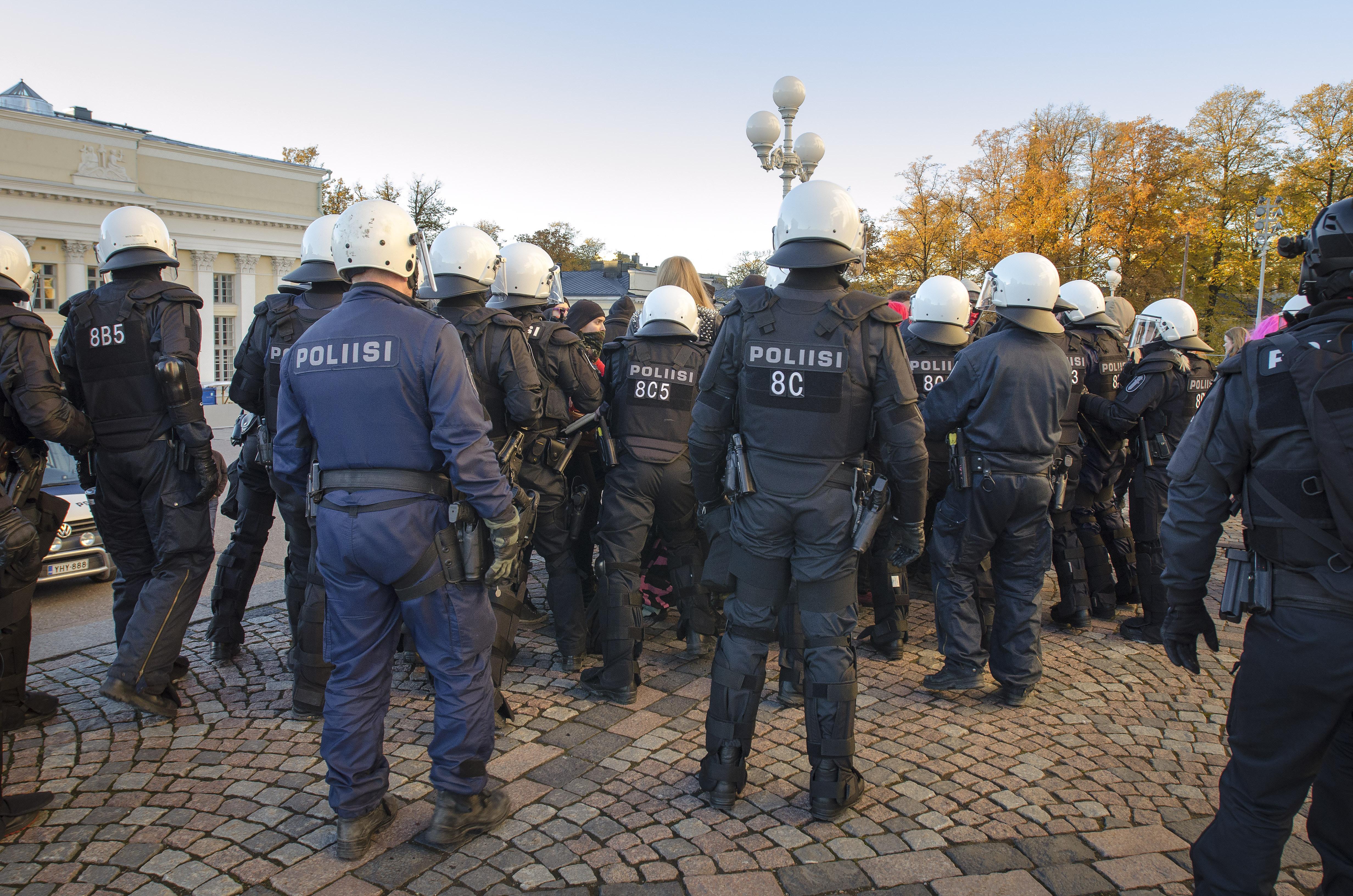 Poliisi Hinnasto